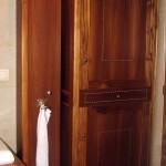 meble-łazienkowe-z-drewna-tekowego2